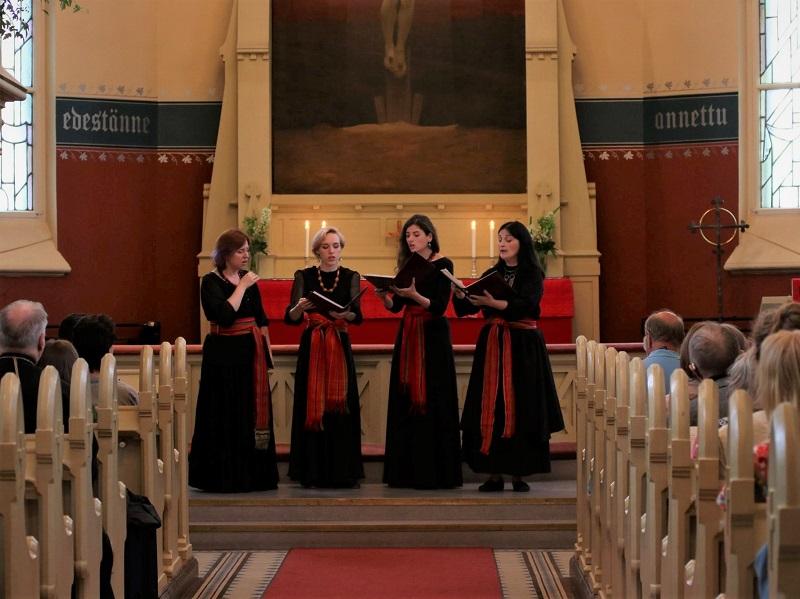 Sånggruppen Uzorika i Joensuu kyrka 2019.